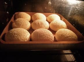 放入提前预热好的烤箱180度25分钟。