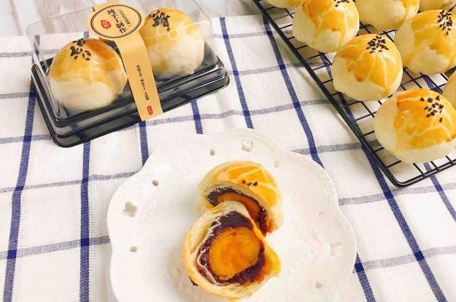 最爱中式酥皮点心——蛋黄酥