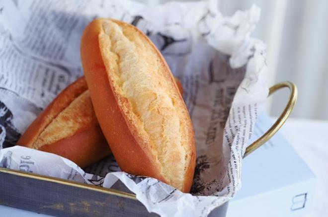 橄榄形黄油餐包