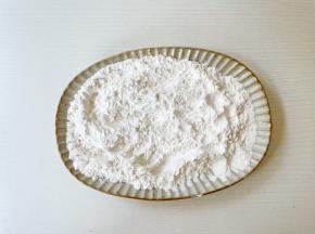 糯米粉+占米粉,拌匀