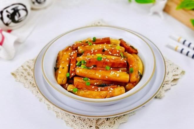 香肠炒年糕